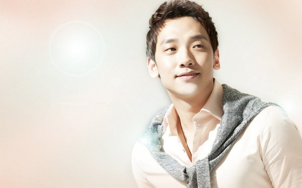 Rain (비) has excelled as both a singer and an actor, and has gained a strong fanbase in America.